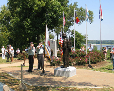 GI Statue dedication photo